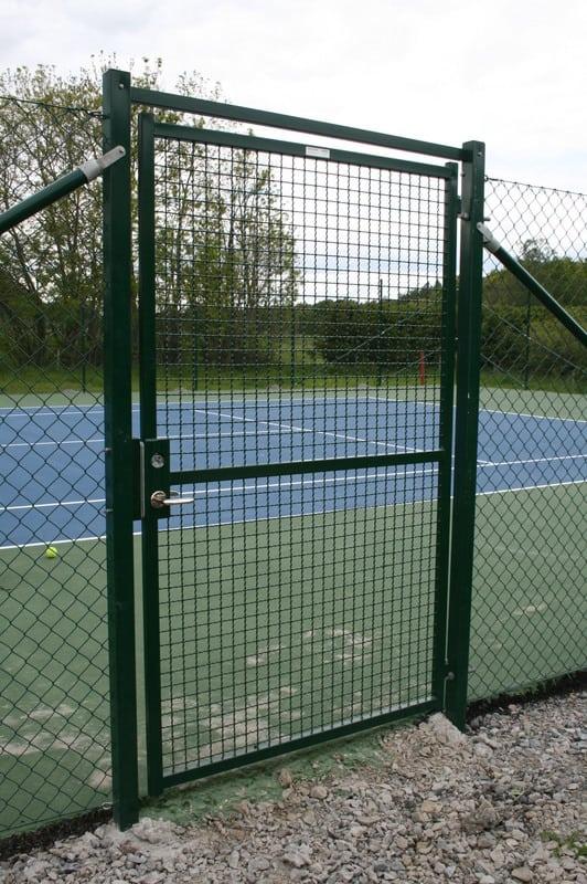 Sport: Tennisbanestängsel